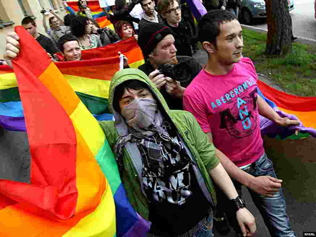 Gay rights activists march in Minsk on May 15. Police broke up the parade and fined several of the activists for participating in an unsanctioned event. Photo by RFE/RL