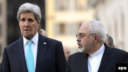 U.S. Secretary of State John Kerry (left) with Iranian Foreign Minister Mohammad Javad Zarif (file photo)