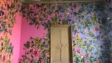 Инсталляция Дэвида Бёрна и Остина Янга «Театр солнца» изменила облик одного из залов палаццо Бутера. Здесь можно получить карту, на которой отмечены фруктовые сады Палермо