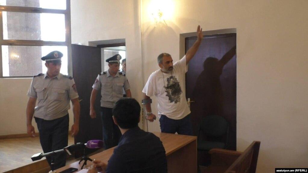 Прокурор не явился на рассмотрение ходатайства о досрочном освобождении Арарата Хандояна