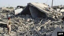 Ал-Хазна айылы жардыруудан кийин, Ирак, 10-август 2009-жыл