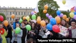 Фестиваль ЛГБТ-группы в Санкт-Петербурге.