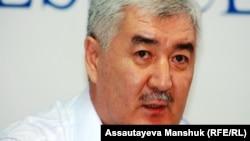 Саясаткер Әміржан Қосанов. Алматы, 19 тамыз 2013 жыл.