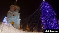 Новорічна ілюмінація в Києві на Софійській площі