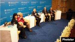 Վարչապետ Տիգրան Սարգսյանը ելույթ է ունենում ՀՀԿ-ի երկրորդ տնտեսական համաժողովում, Երևան, 29-ը մարտի, 2014թ․