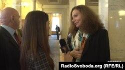 Народний депутат Юлія Льовочкіна запевняє, що нічого не знає про фінансові операції банку «Кліринговий дім», акціонером якого вона є
