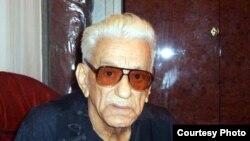 Azərbaycanın xalq şairi Bəxtiyar Vahabzadə 84 yaşında vəfat edib