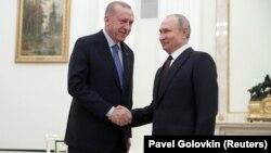 Орусиянын президенти Владимир Путин жана түрк президенти Режеп Тайып Эрдоган Кремлде, 5-март, 2020-жыл.