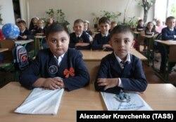 Школьники в Донецке, 1 сентября 2017