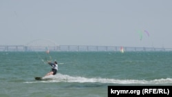 Соревнования по виндсерфингу в Керчи, иллюстрационное фото