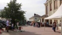 Десятки новых изданий: крымскотатарская книжная ярмарка в Симферополе (видео)
