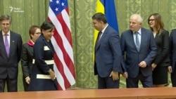 Допомога від США та МВФ для України триватиме – Пріцкер