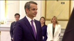 Мицотакис доби удар од доверителите: договореното си е договорено