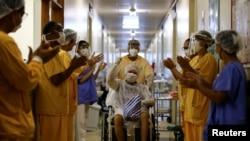 برازیل کې په کرونا ویروس اخته ناروغ په یوه روغتون کې له درملنې وروسته