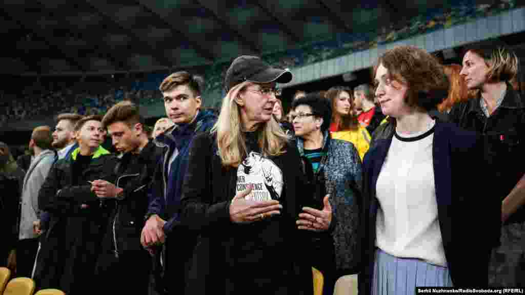 Підтримати Олега Сенцова прийшла в.о. міністра охорони здоров'я України Уляна Супрун