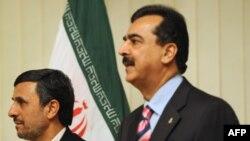 پاکستان : د پاکستان لومړی وزیر سید یوسف رضا ګیلاني او د ایران ولسمشر محمود احمدي نژاد