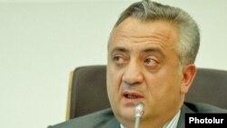 ԿԲ նախագահ Արթուր Ջավադյան, արխիվ