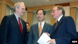 نمایندگان آمریکا، کره جنوبی و روسیه در گفت وگوهای شش جانبه کره شمالی