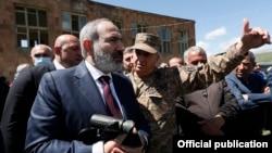Armenia - Armenian Prime Minister Nikol Pashinian visits the village of Kut in Gegharkunik province bordering Azerbaijan, May 27, 2021.