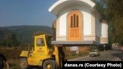 Портативна кам'яна церква
