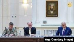 آغاز دور جدید سفر زلمی خلیلزاد و دیدارش با مقامهای ارشد افغانستان در ارگ ریاست جمهوری اینکشور.