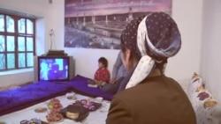 """""""Нодухтарӣ"""" ва фоҷиаи зиндагии Мастона"""