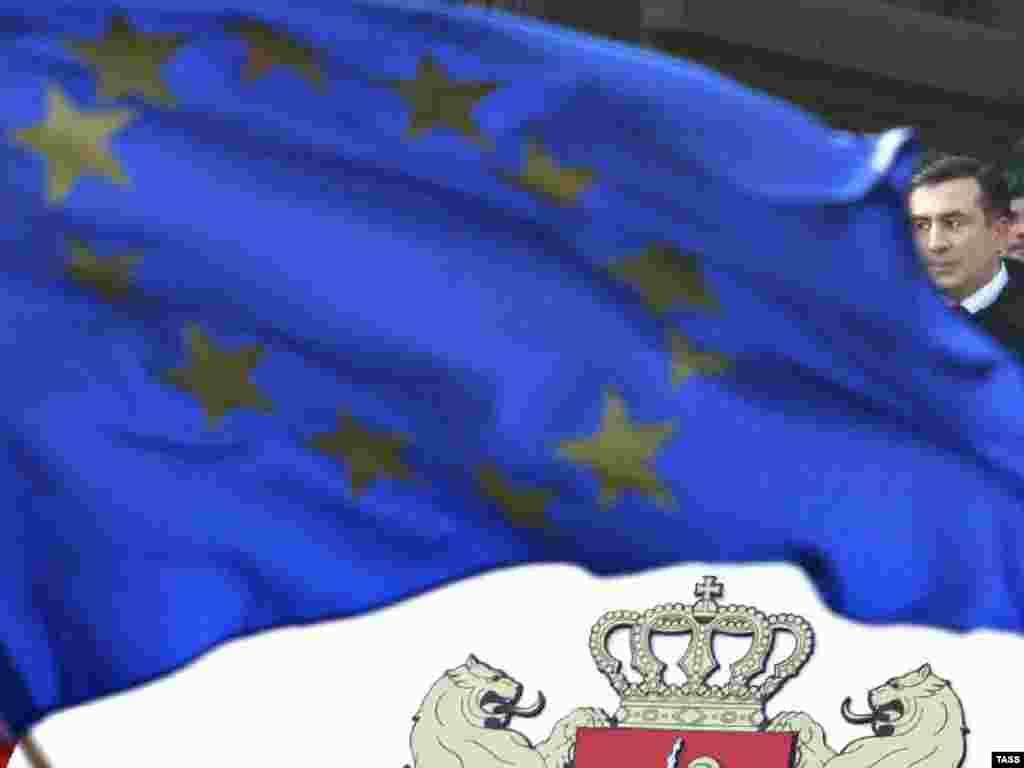 Mixail Saakaşvili prezident seçkisinin qalibidir - Prezident Mixail Saakaşvili Tbilisidə inauqurasiya mərasimində
