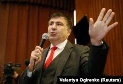 Саакашвили после одного из заседаний суда в Киеве, 22 января