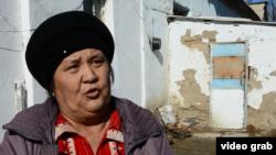 Урлаим Назарова, живущая в комнате на территории бывшего детского сада. Кызылординская область, февраль 2017 года.