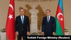 Թուրքիայի արտգործնախարար Մևլութ Չավուշօղլուն և Ադրբեջանի ԱԳ նախարար Ջեյհուն Բայրամովը, արխիվ