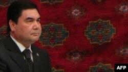 President Gurbanguly Berdymukhammedov takes part in a congress in Dashoguz.