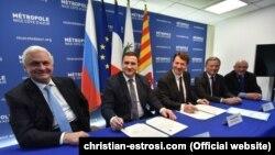 Мэр Ниццы и делегация из Ялты во главе с главой администрации Ялты Андреем Ростенко, Ницца, 2 марта 2016 года