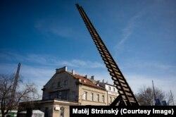 Скульптура, символизирующая лестницу Иакова