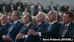 Među gostima bio je i premijer Sjeverne Makedonije Zoran Zaev (desno)