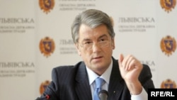 Москва не планирует в будущем отношений с Ющенко, говорит эксперт