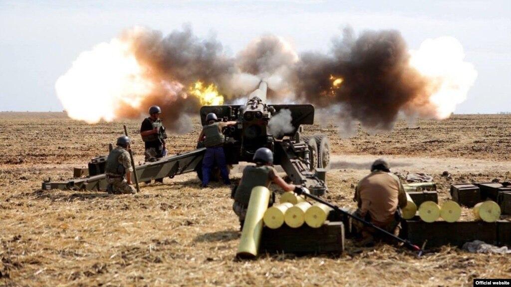 Штаб АТО: Минулої доби терористи 9 разів порушили перемир'я