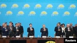 Участники съезда партии «Нур Отан». Астана, 11 марта 2015 года.
