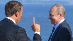 Macron cu Putin