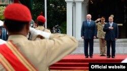 Аляксандар Лукашэнка і прэм'ер-міністар Пакістана Наваз Шарыф