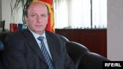 Народниот правовбранител Иџет Мемети.