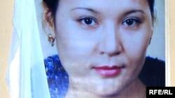 Астанадағы музыкалық-драма театрының актрисасы Шолпан Мұқышева 35 жасында қаза тапты. Астана, 21 қазан 2008 жыл.