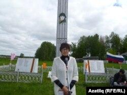 Укытучы Римма Мәчитова митингны ачып җибәрде