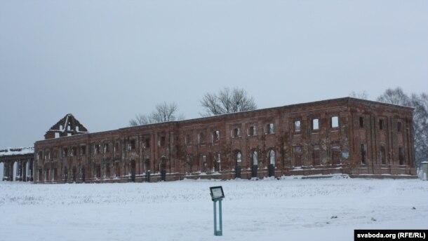 Усходні корпус палаца Сапегаў