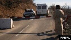 В Южной Осетии без российского паспорта довольно много пожилых людей и молодежи