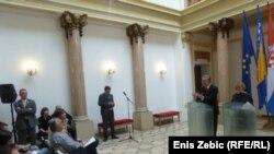 Zajednička izjava Vesne Pusić i Zlatka Lagumdžije, Zagreb, 4. travanj 2012.