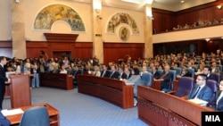 Втор ден расправа во Собранието по експозето на премиерот Никола Груевски