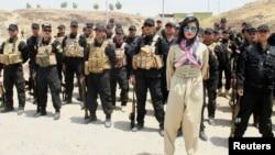 Helly Luv Kürd Peşmərgə dəstələri qarşısında 5 iyul 2014