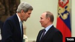 Жон Керри Москвада Орусиянын президенти Владимир Путин жолугушууда.