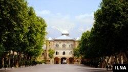 اختلاف بر سر عمارت «قزاقخانه» منجر به حمله گروهی از ماموران شهرداری به دانشگاه هنر و درگیری با نیروهای حراست این دانشگاه شد.