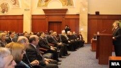 Tрадиционално годишно обраќање претседателот Ѓорѓе Иванов во Собранието.
